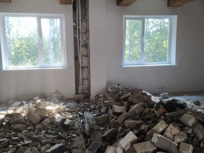 Демонтаж 13.5 кв.м. кирпичных перегородок дома